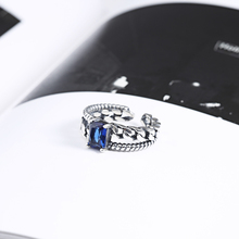 New design Sapphire Stone women fashion ring made of 925 silver
