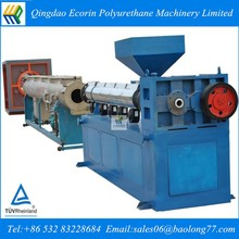 Large diameter insulating pipe foam extruder HDPE pipe extrusion production line/polyethylene pipe extruding machine low price