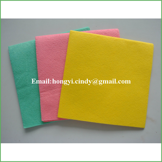 Nonwoven all purpose universal household cleaning cloth