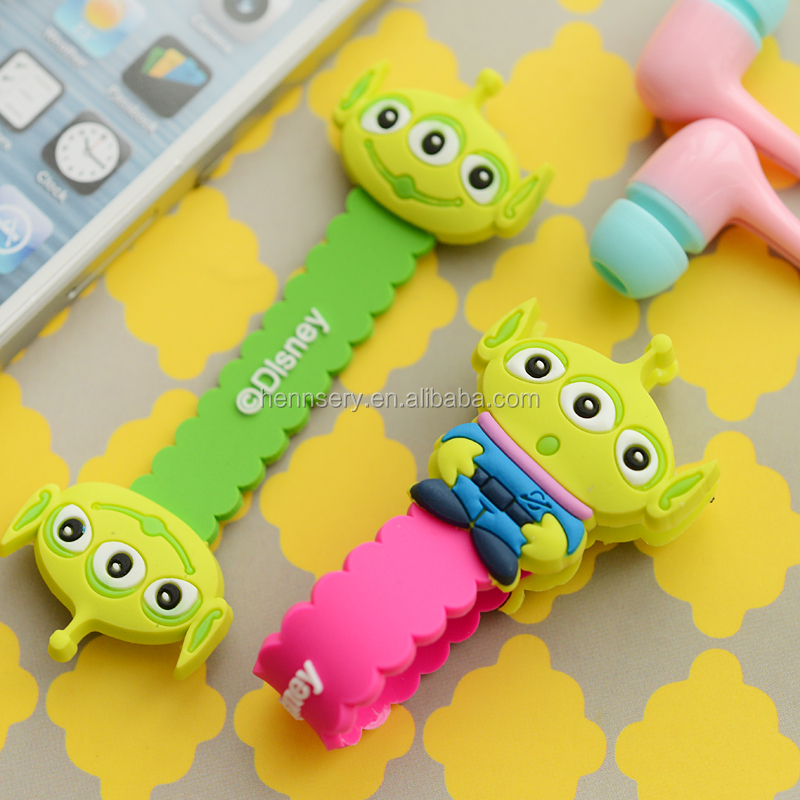 customized shape and logo soft pvc rubber silicone earphone winder