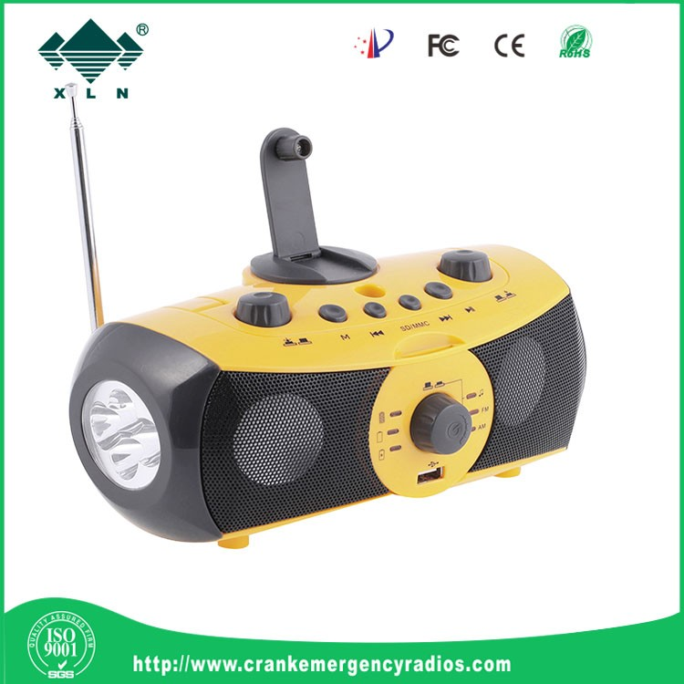 2016 Popular multifuctional music player AM / FM radio/ siren / MP3 player/ mobile charger falshlight for party use