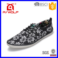 RZWOLF Hot sale high quality urban sneakers black floral stylish men black canvas shoes
