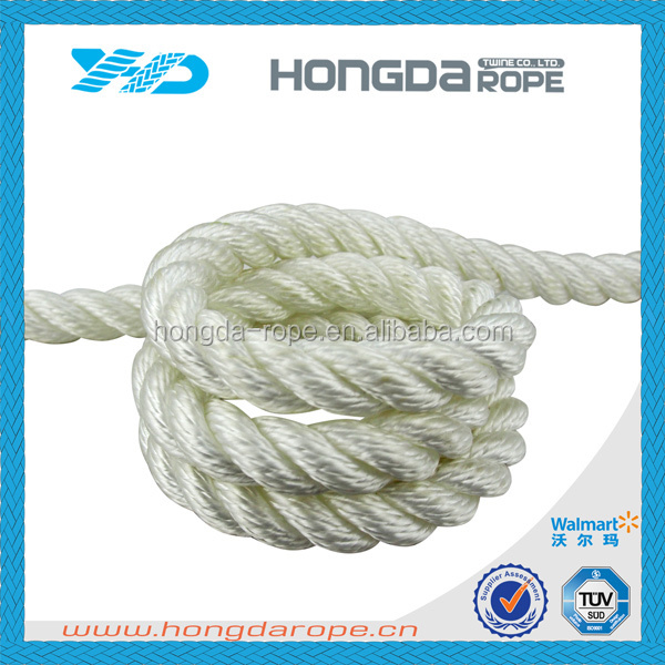 "white 3 strand twisted polyester mooring rope white & 1/2"" diameter"