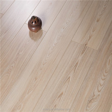 2017 Typical Engineer Wood Laminate Flooring Beautiful Casual Medallion Floor with 7 Coats UV Lacquer