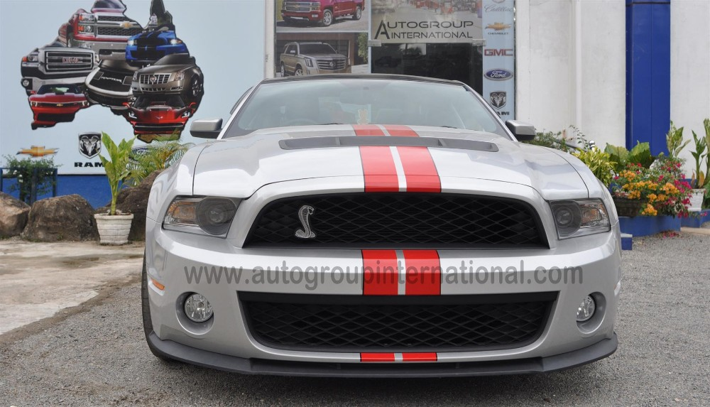 Ford Mustang in right hand drive and right hand drive conversion