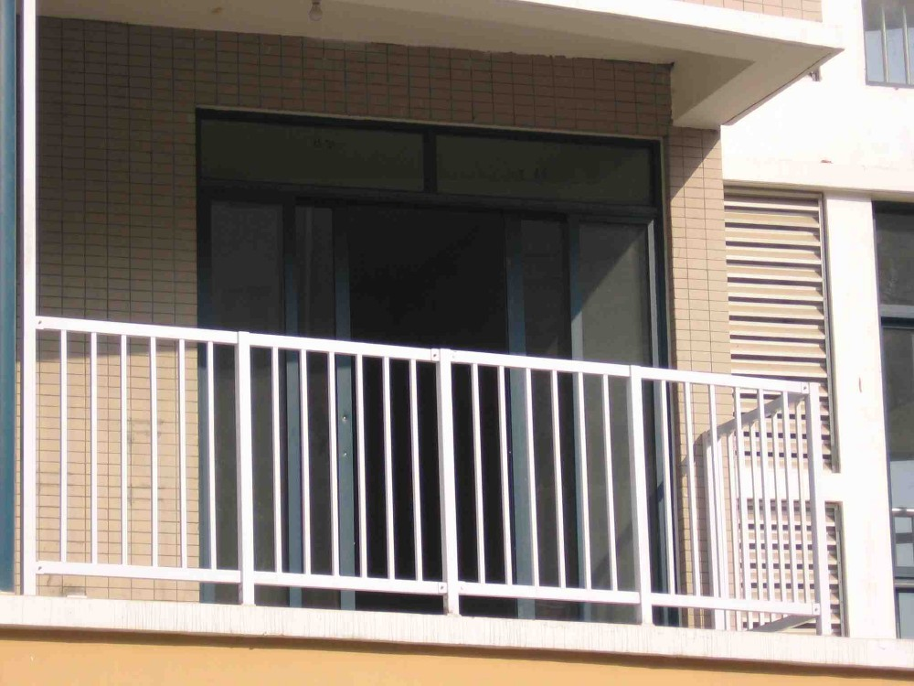 Luxury non welded galvanized aluminum alloy balcony for Balcony barrier