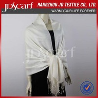 China manufacturer new fashioned luxury beaded crochet scarf