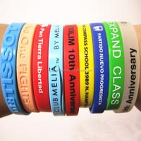 China Direct Factory Customized Cheap Silicone Wristband 100pcs MOQ,Factory Price Custom Festival Silicon Wristband