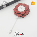 Fashion boutonniere white fabric flower groomsman wood pin for gift