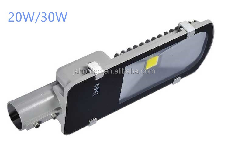 Die-casting aluminium body12v solar led street light 12w 24w 30w with pole