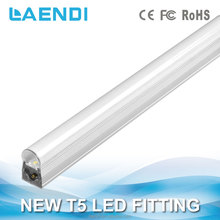 Hot selling 300mm 5W Low price Good performance Environment protecting New T5 LED Fitting No dark area when connect together