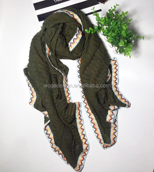 Best seller beauty girls French modern big echarpes shawl hijabs two tone colors patchwork crinkle viscose scarf warps