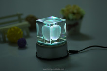 Low price hot sell apple crystal 3d laser crystal souvenir