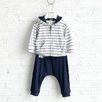 Fashion styles boys branded factory kids outwear clothing set