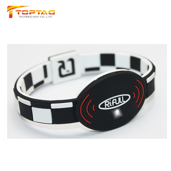 RFID Festival NFC LED Wristband with Ntag213 ntag215 ntag216 for Access Control