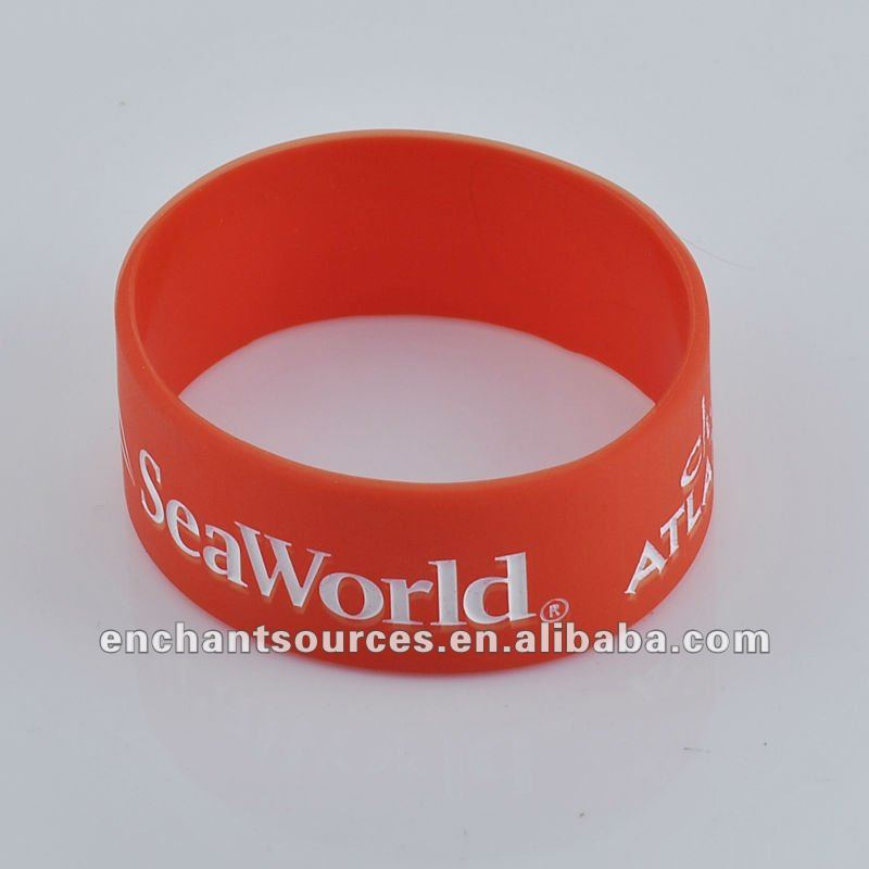 Cheap personalized big silicone bracelets