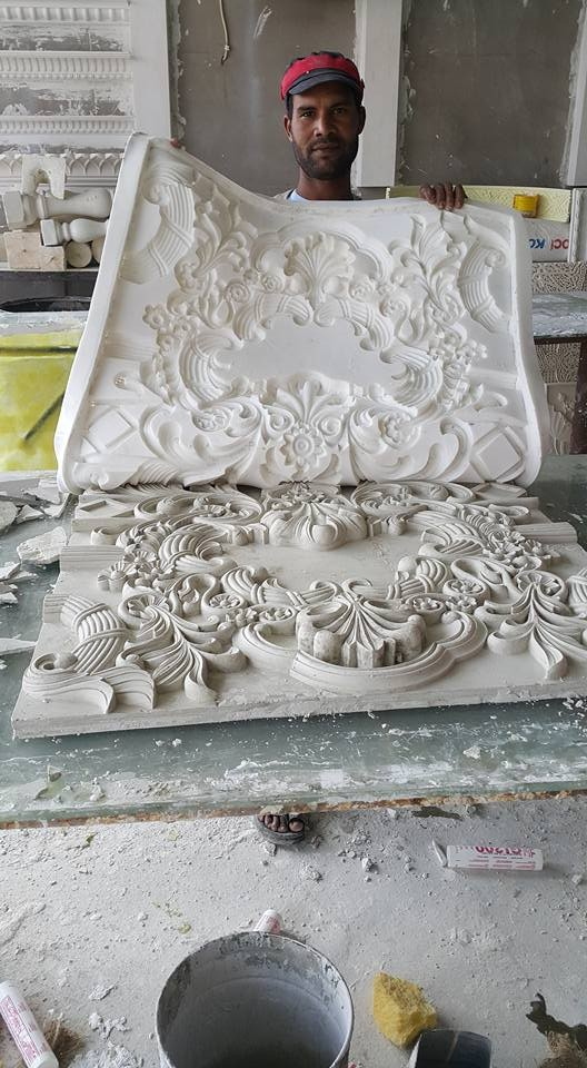 Casting plaster in silicone mould