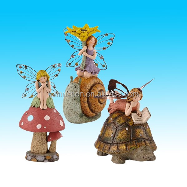 Small cheap resin fairy figurines with mushroom garden decoration