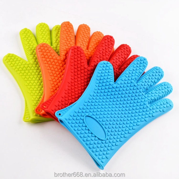 China manufacturer eco-friendly heat resistant silicone grill gloves with FDA