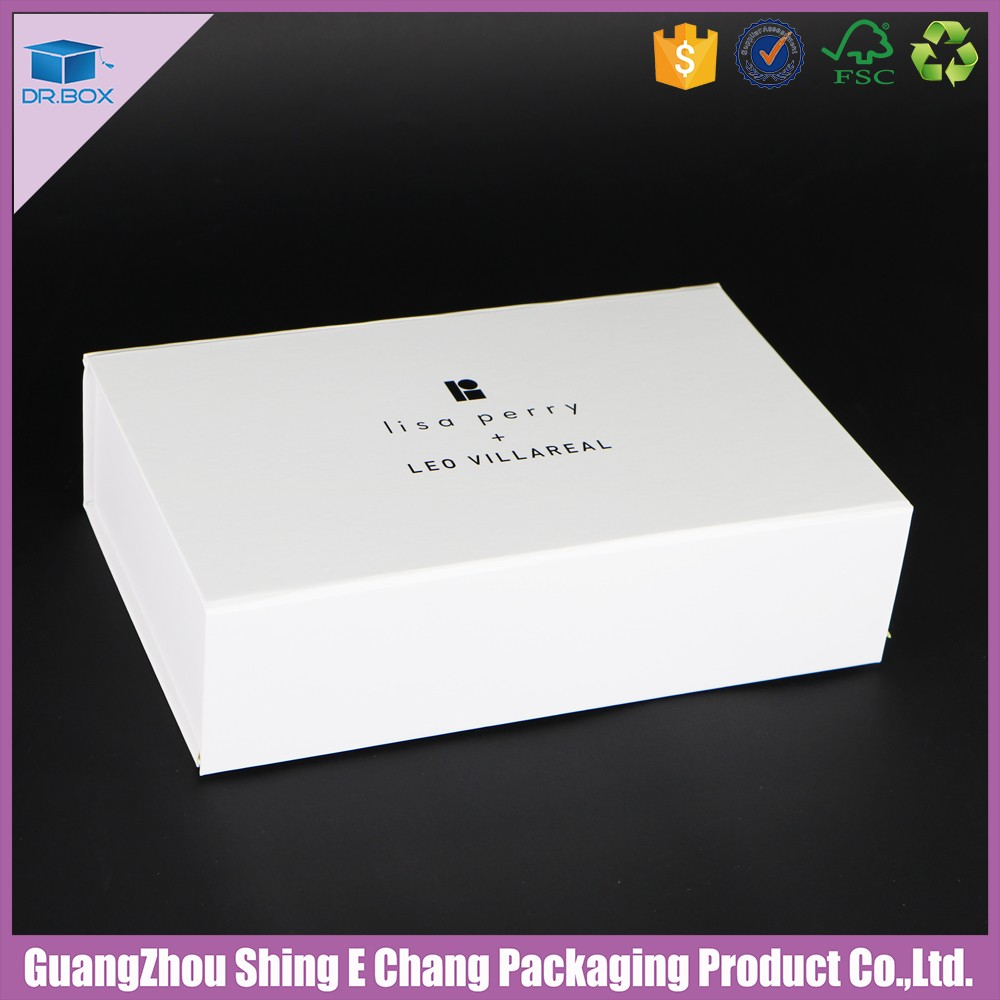 Matt white black logo folding cardboard box with magnet closure cardboard box for clothes