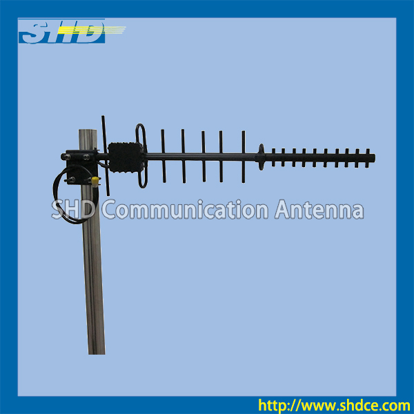 700-960/1800-2700MHz Wide Band 4g lte High Gain Yagi Antenna