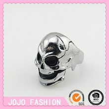 Fashion Cool male skull ring