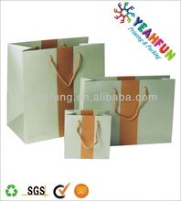promotion hand paper bag with wheels