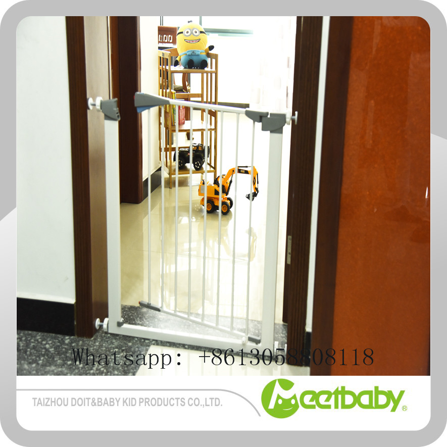 Solid Hot Stair Guardrail Baby Child Safe Gate Pet Isolating Dog Fence