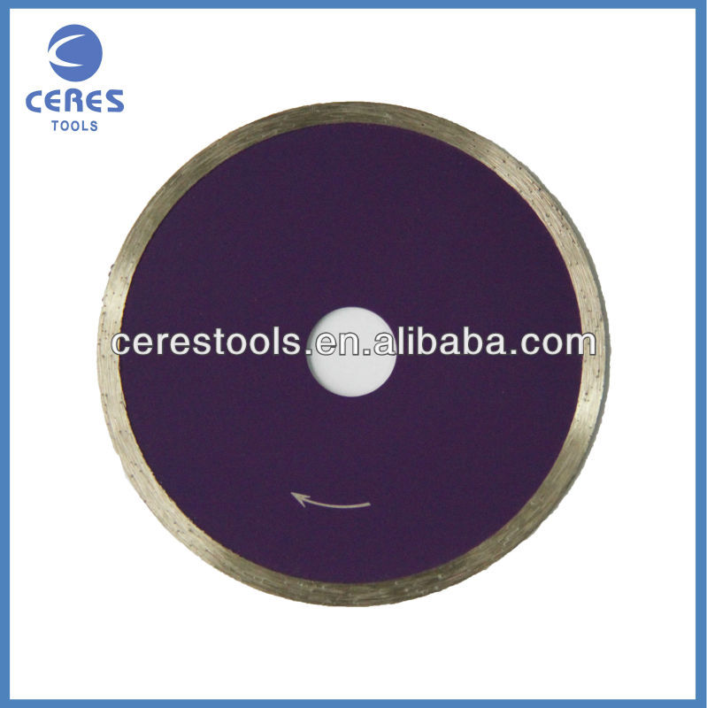 Hot pressed diamond saw blade for glass