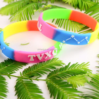 K-POP TVXQ Swirled Embossed printed wristband silicone bracelets rubber cuff wrist bands bangle free shipping by FEDEX express