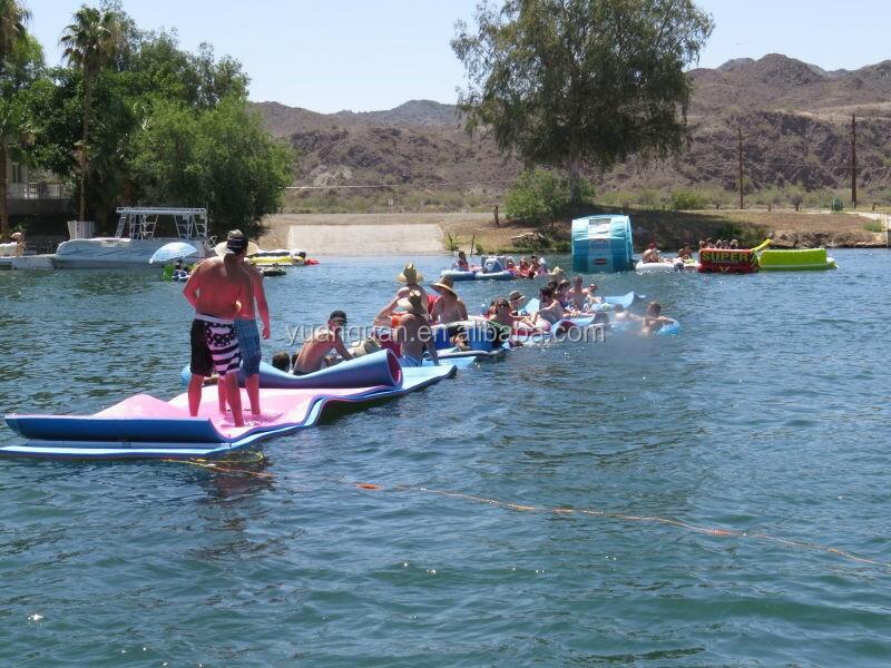 2015 New Design Floating Foam Mat Water Mat Float Water