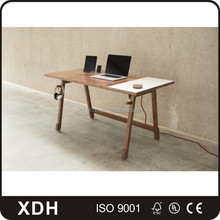modern l shape office table with glass partition