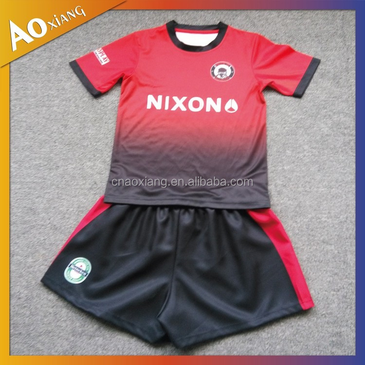 Customized Cool Dry Soccer kit Football Uniform