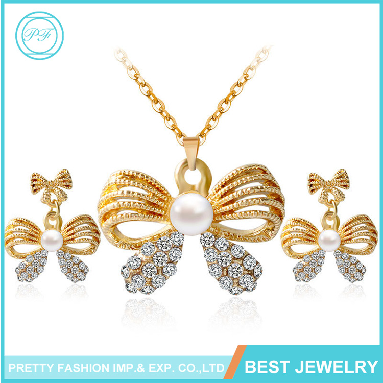 Hot Selling Zinc Alloy Necklace Beautiful Pearl Diamond Pendant+Earring Jewelry Set