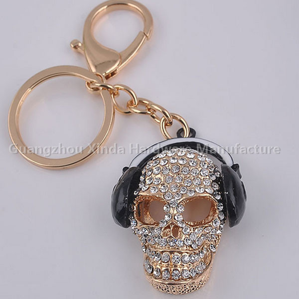 White Crystal Skull Heads Keychain, Gold-Plated Keychain