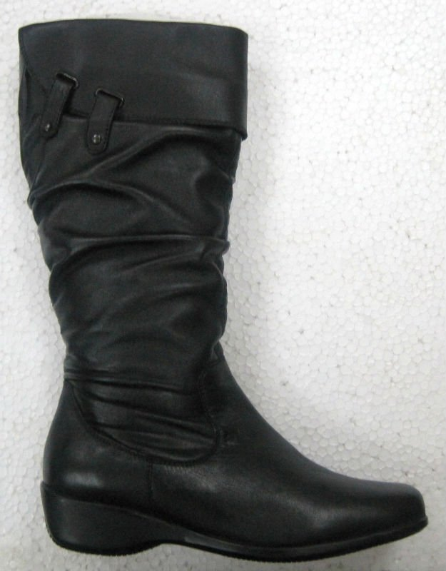 Ladies knee High boot