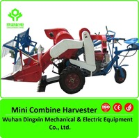 Mini combine rice wheat harvester/sit-on type rubber track wheel paddy harvesting machine