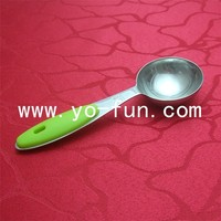 JTB013 18/10 stainless steel yellow silicon handle 1tbsp 15ml measuring spoon