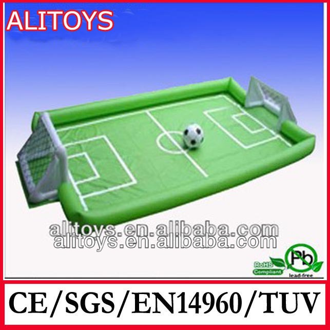 giant football soccer feild inflatable game/inflatable sports