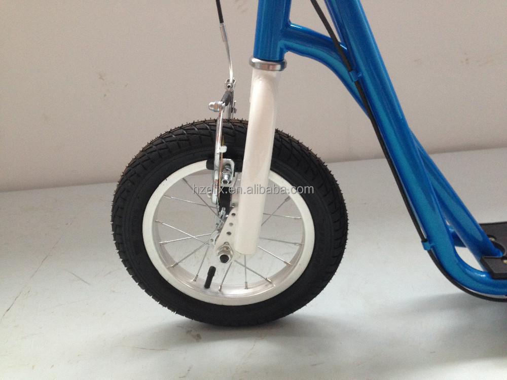 deux roues trottinette chirdren vintage sports de plein. Black Bedroom Furniture Sets. Home Design Ideas