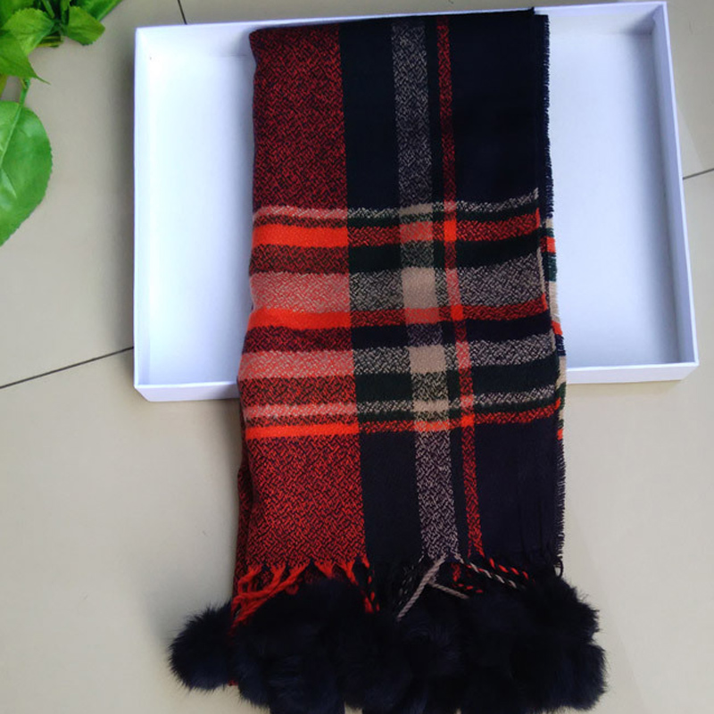 Wholesale fur ball scarf winter fashion women scarf with fur ball