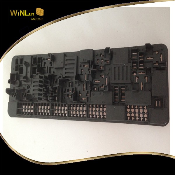 Shenzhen Winlunmold roof tile mould high precision hot runner mould