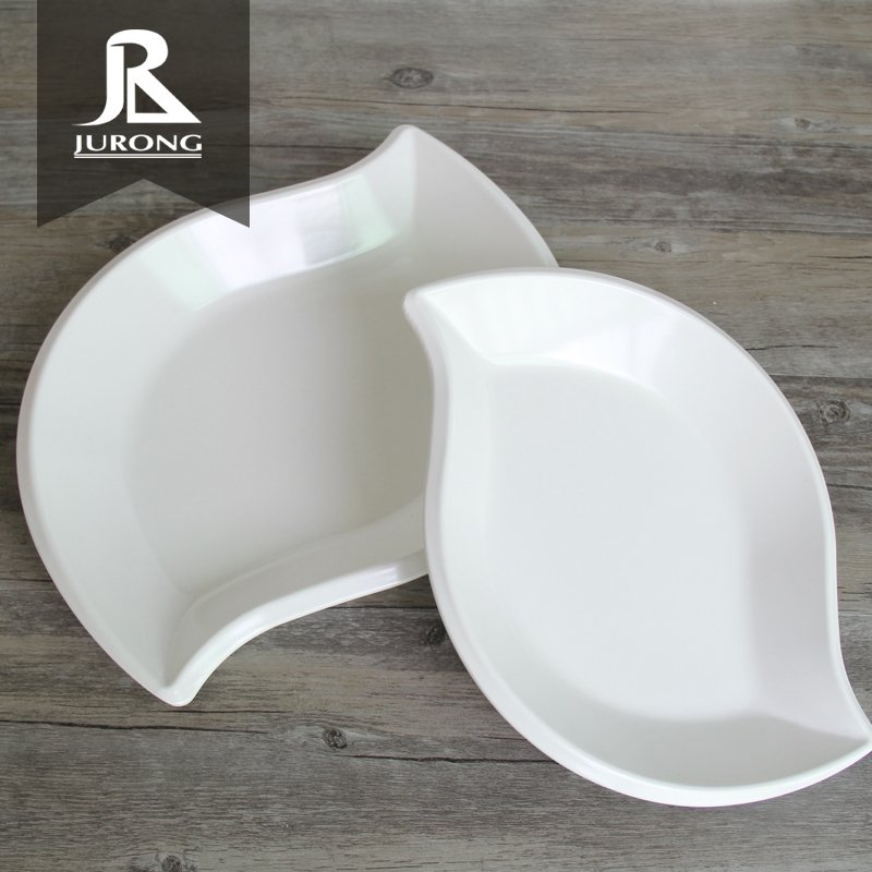Chaozhou Factory wedding white Plastic palm leaf plates Sell Hot