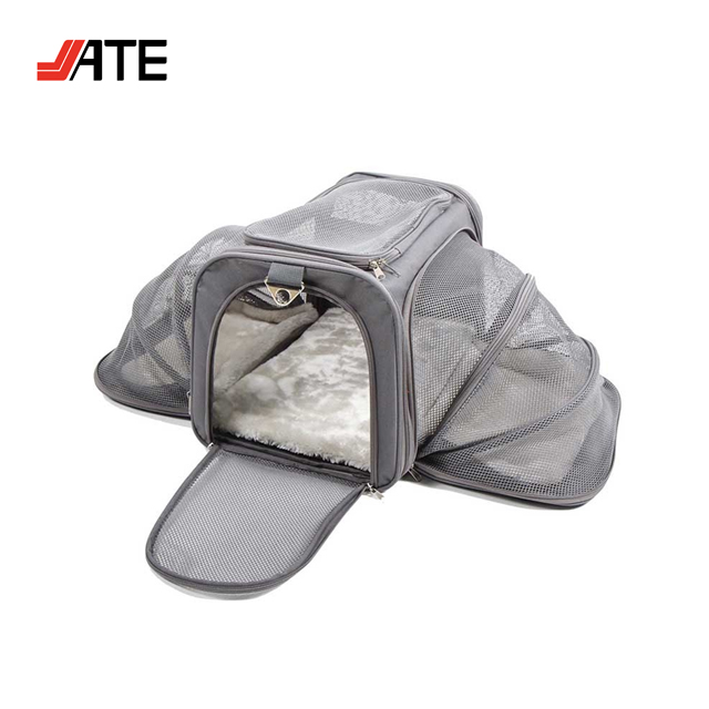 Luxury Soft Sided Polyester Dog Travel Carry Bag Expandable Pet Carrier