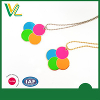 Manufacturer New Zinc Alloy fluorescent Round Shape Accessory Ball chain Sterling Silver Pendant for kid