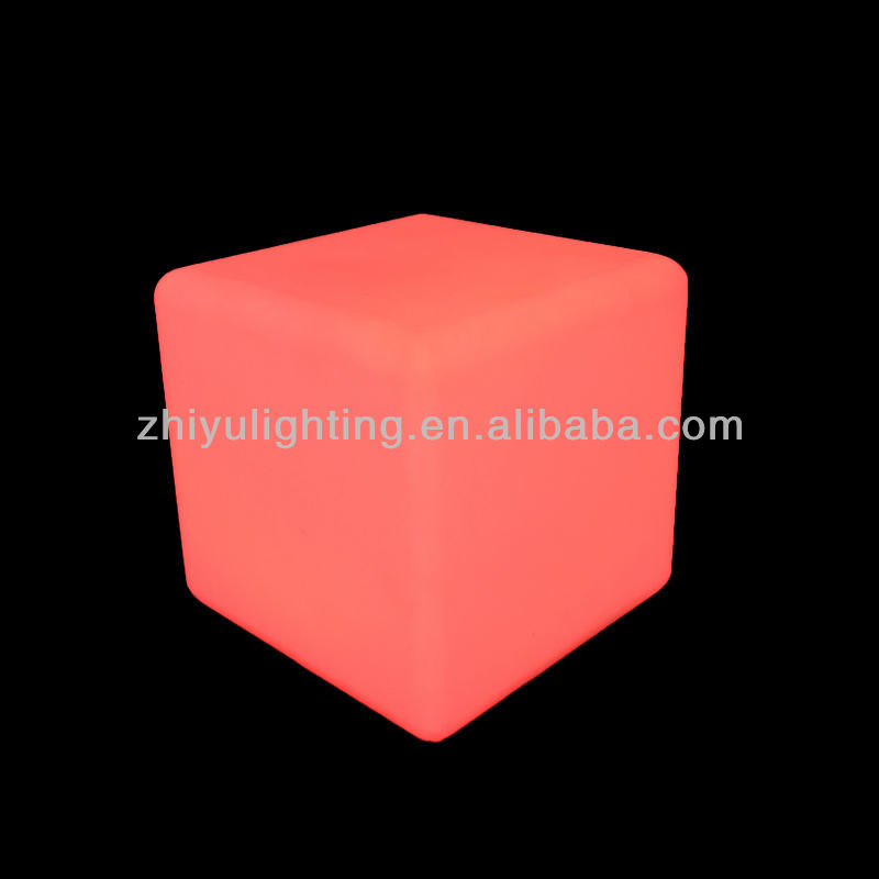 2014 LED color changing family indoor decoration glass square table lamp