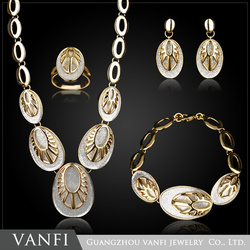 latest design fashion african wemon 18k gold plated jewelry sets wholesale