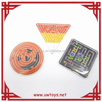 Newest design high quality intelligent plastic maze toy