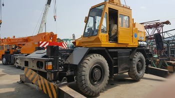 Original Japan Used TR160M 16 Ton Rough Terrain Crane For Sale With Cheap Price