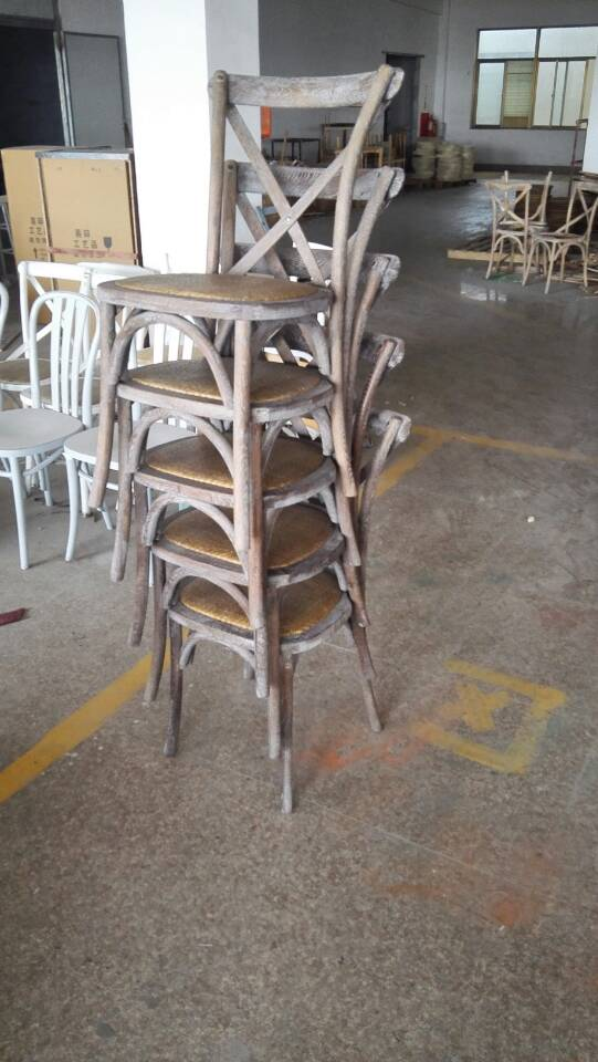 Oak Wood Vintage Cross Back Chair and Table DS-C236